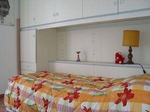 Villa Sergio  : спальня с односпальной кроватью