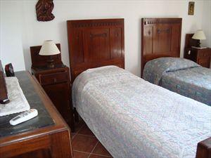 Villa Sergio  : спальня с двумя кроватями