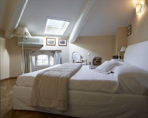 Villa  Costes con dependance  : Vista interna