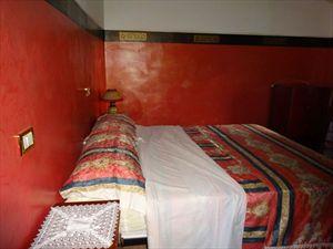 Villa Max  : спальня с двуспальной кроватью