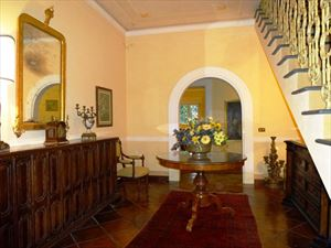 Villa Opera : Inside view