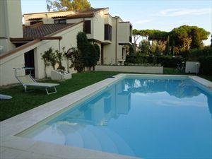Villa  Pieraccioni  villa singola in affitto e vendita Forte dei Marmi