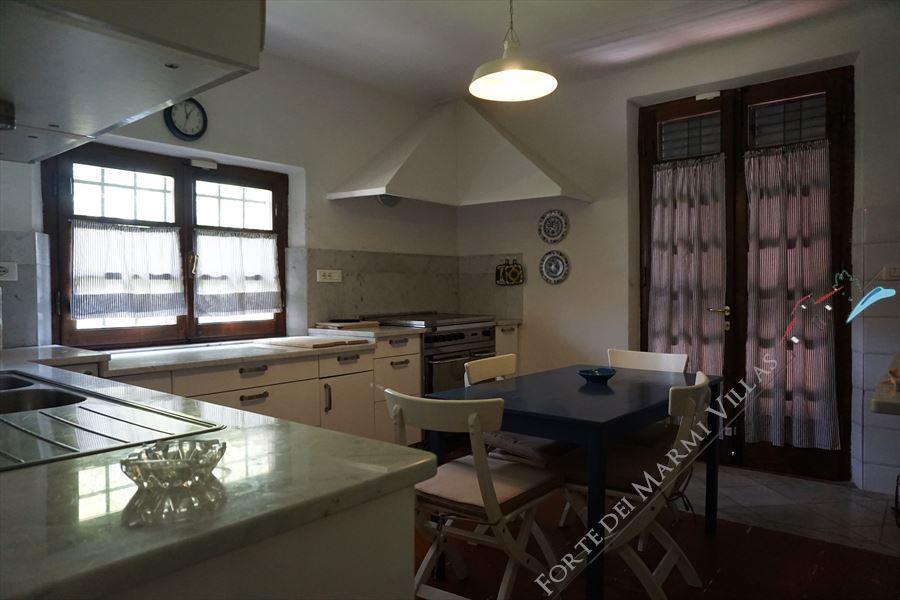 Villa del  parco  : Kitchen
