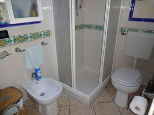 Villa Isola : Bagno con doccia