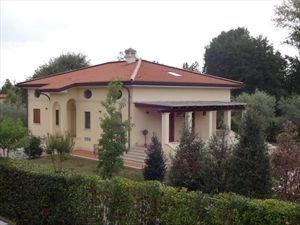 Villa Benigni  : Outside view