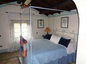 Villa  Fantastica  : спальня с двуспальной кроватью
