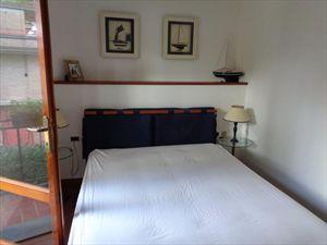 Villa  Mirafiori  : спальня с двуспальной кроватью