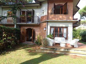 Villa  Mirafiori  : Вид снаружи
