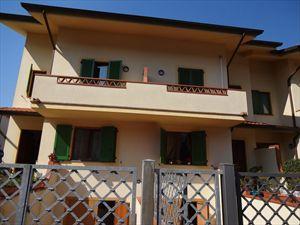 Villa Palazzetto  villa a schiera in affitto  Forte dei Marmi