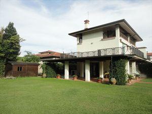 Villa Sandra : Сад