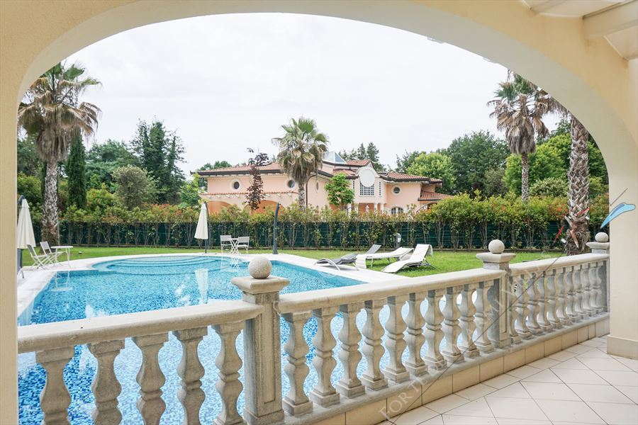 Villa Afrodite : Swimming pool