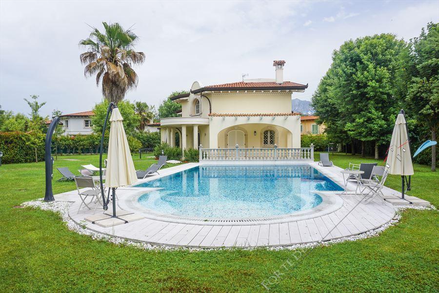 Villa Afrodite - Detached villa Forte dei Marmi