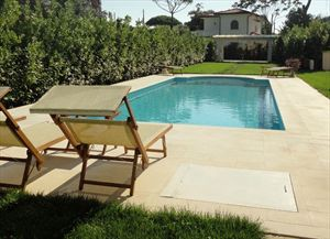 Villa Romantica : Swimming pool