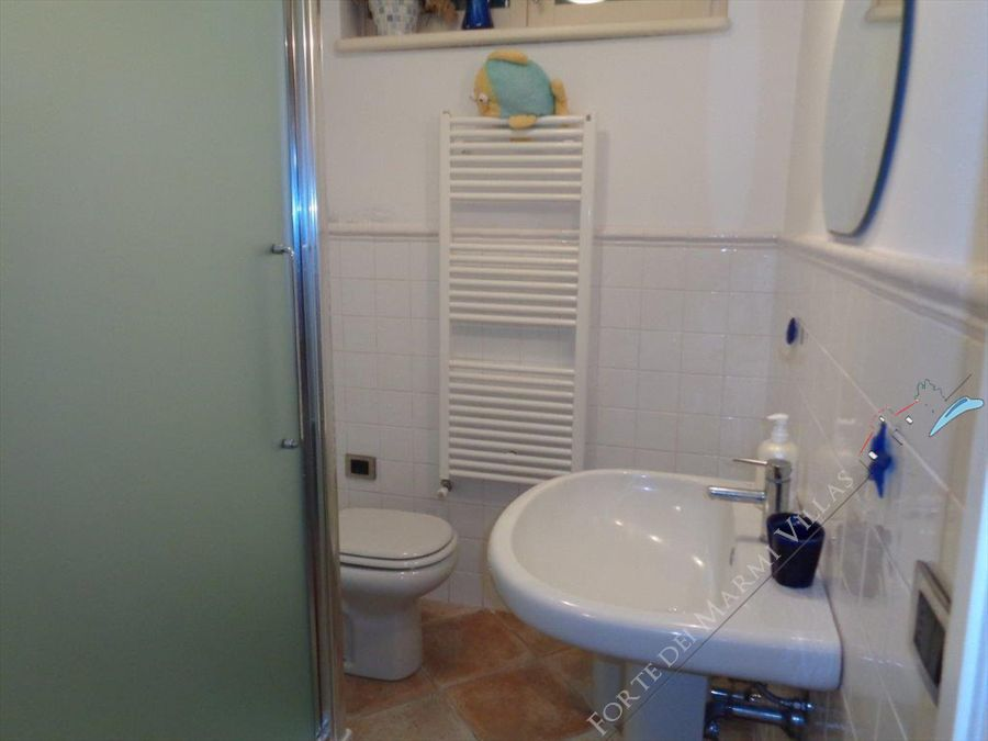 Villa Capriccio  : Bathroom with shower