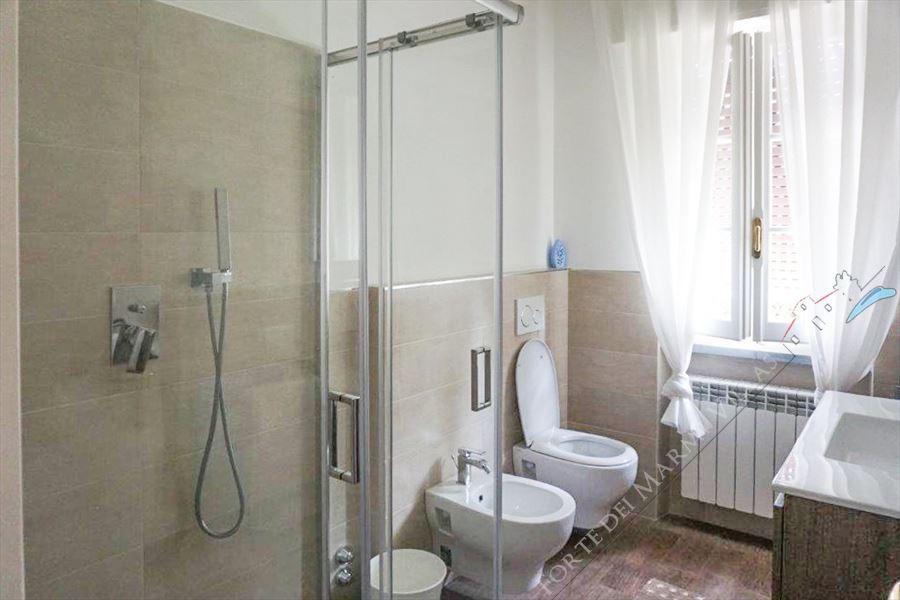 Villa Altais : Bagno con doccia