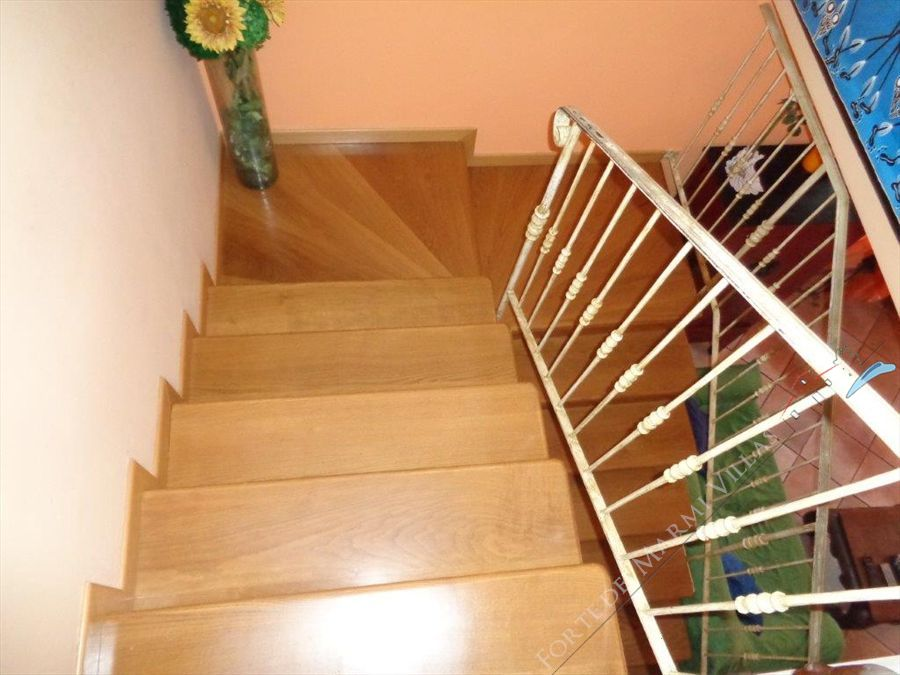 Villa Capriccio  : Wooden stairs