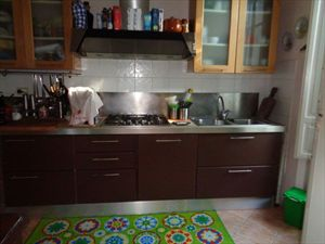 villa  Pontile  : Kitchen