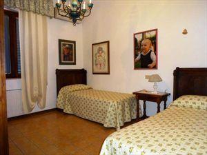 Villa dei Pittori  : спальня с двумя кроватями
