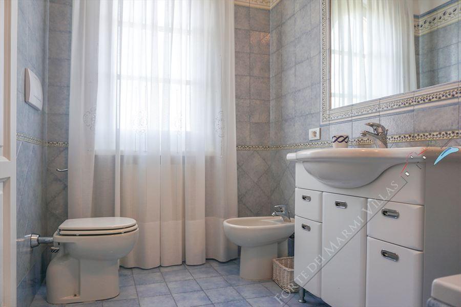 Villa  Allegra : Bathroom