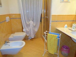 Villa Matilde : Bathroom with shower