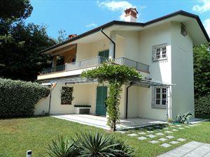 Villa White  : Вид снаружи