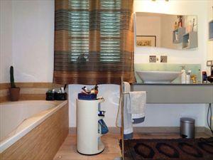 Villa  Acqua : Bagno con vasca