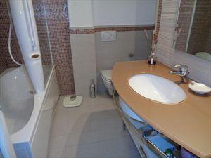 Villa Matilde : Bathroom with shower