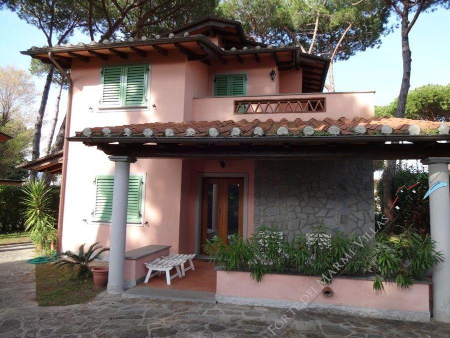 Villa Piera   - Detached villa Forte dei Marmi