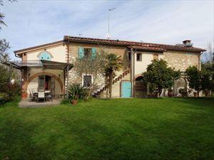 Villa Casolare  Azzurro  : Отдельная виллаМарина ди Пьетрасанта