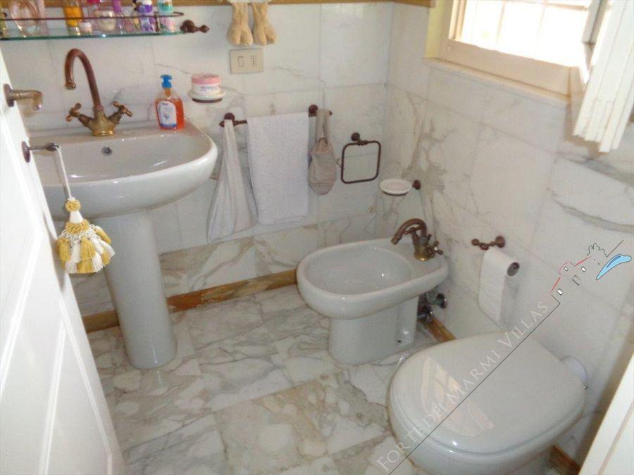 Villa Casolare  Azzurro  : Bathroom with shower