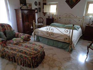 Villa Casolare  Azzurro  : спальня с двуспальной кроватью