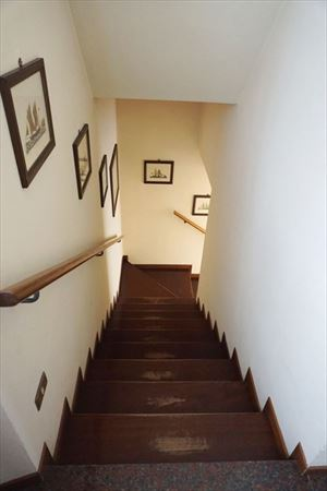 Villa Chef  : Wooden stairs