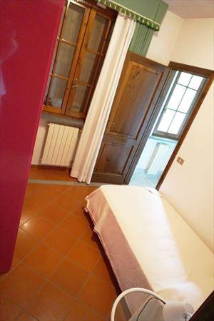 Villa Maria : спальня с односпальной кроватью