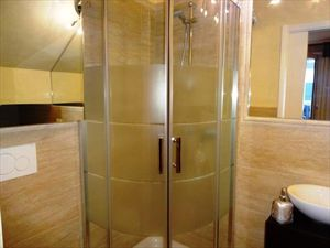 Villetta Class : Bathroom with shower