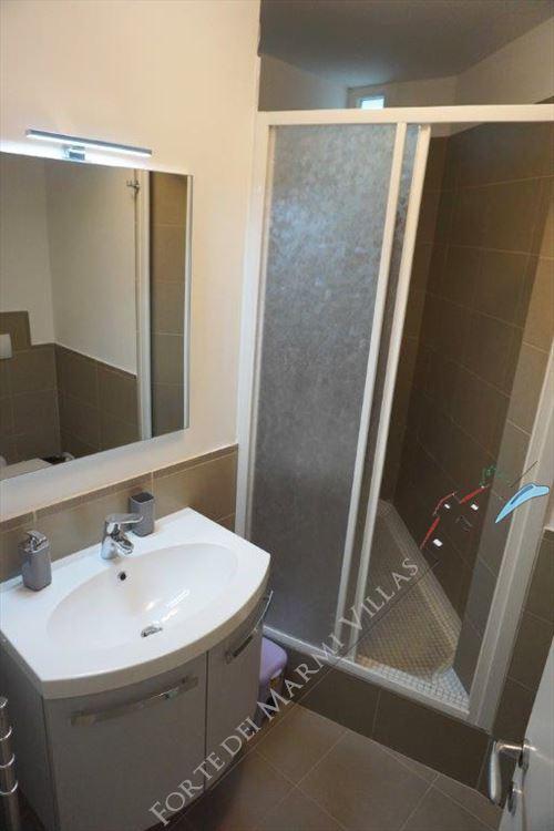 Villa Mozart  : Bagno con doccia