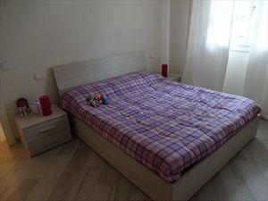 Villa Nuova   : спальня с двуспальной кроватью