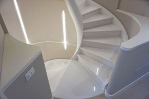 Villa Decor  : Marble stairs