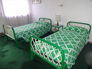 Villa Classic  : спальня с двумя кроватями