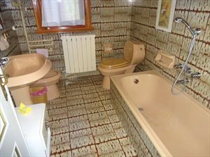 Villa Classic  : Bathroom with tube