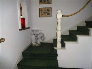 Villa Classic  : Wooden stairs