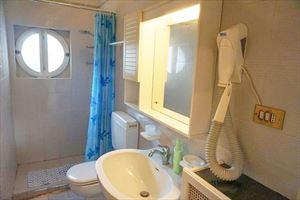 Villa Helene : Bagno con doccia