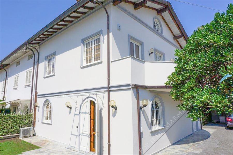 Villa Tremonti - Villa a schiera Forte dei Marmi
