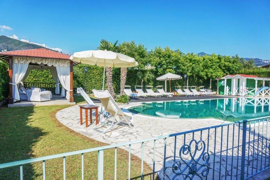 Villa Divina : Outside view