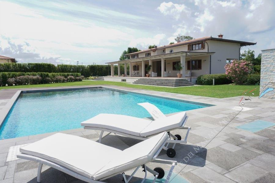 Detached  Villa Reality with swimming pool - Detached villa Marina di Pietrasanta