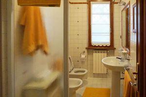 Villa Pietrasantese : Bathroom