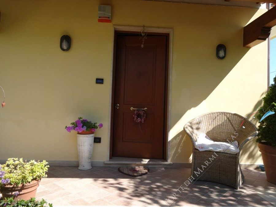 Villa Marzia  semi detached villa to rent Marina di Pietrasanta