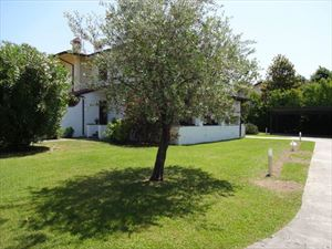 Villa Dei Pavoni : Vista esterna