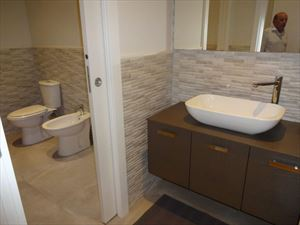 Villa  Dei Pavoni : Ванная комната с душем