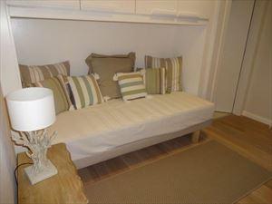 Villa  Dei Pavoni : спальня с односпальной кроватью