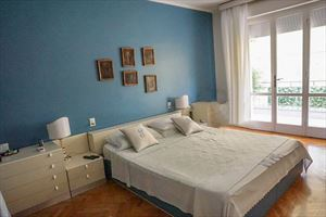 Attico del Forte : спальня с двуспальной кроватью